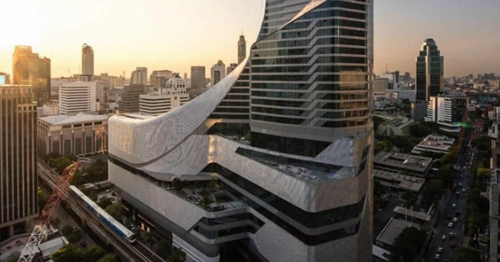 セントラルエンバシー,Central Embassy,เซ็นทรัล เอ็มบาสซี,行き方,タクシー,BTS,プルンチット,ショッピングモール,ショッピング