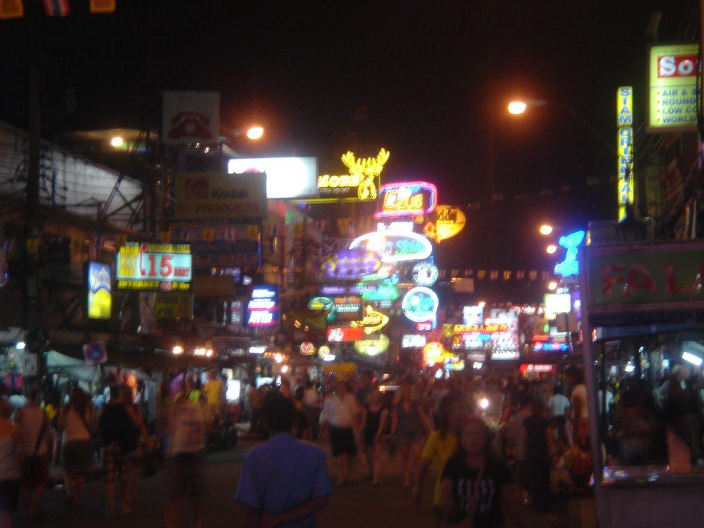 patpong-night-market-in-bangkok