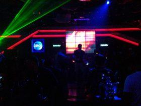 インサニティ,インサニティナイトクラブ,Insanity,Insanity Night club,タイ,バンコク,ディスコ,クラブ,ナイトクラブ,ナナ,アソーク,BTS,スクンビットソイ12,ソイカウボーイ,ナナプラザ,ダンス,ダンスクラブ