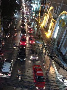 タイ,バンコク,タクシー,乗車拒否,メーター,使用,不使用,乗り方,運転手,旅行,観光,移動手段,行き方,目的地,方法