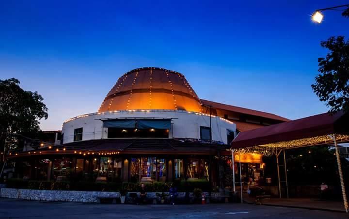 ラマ3世通り,Tawandang German Brewery,タワンデーン・ジャーマン・ブリュワリー,タイ,バンコク,ビアガーデン,ビアホール,ショー,エンターテイメント,おすすめ,おいしい,楽しい,ディスコ,ラマ3,チャオプラヤー