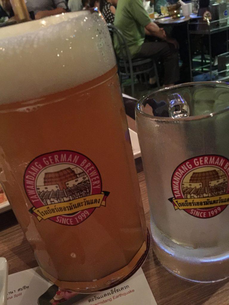 Tawandang German Brewery,タワンデーン・ジャーマン・ブリュワリー,タイ,バンコク,ビアガーデン,ビアホール,ショー,エンターテイメント,おすすめ,おいしい,楽しい,ディスコ,ラマ3,チャオプラヤー