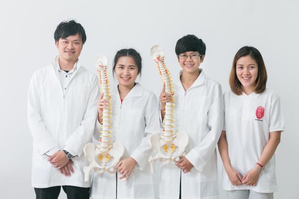 ダイエット,骨盤,矯正,肩こり,腰痛,改善,治療,ほねつぎ,タイ,バンコク,トンロー,スクンビット,ほねつぎタイランド,住所,行き方,場所