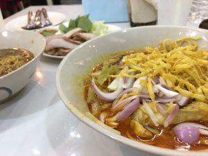 ก๋วยเตี๋ยวเรือขึ้นห้าง,クイッティアオ ルア クン ハーン,Kouay Teau Roue Kuen Hang,カオソーイ,タイ料理,フォーチュンタウン,