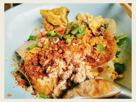 Talat phlu,ラチャダピセック,タラート・プルー駅,タイ,バンコク,タイ料理,クィッティアオ,タイラーメン,ルック チンパー ルーシャー,ร้านลูกชิ้นปลาลือชา,ローカル屋台